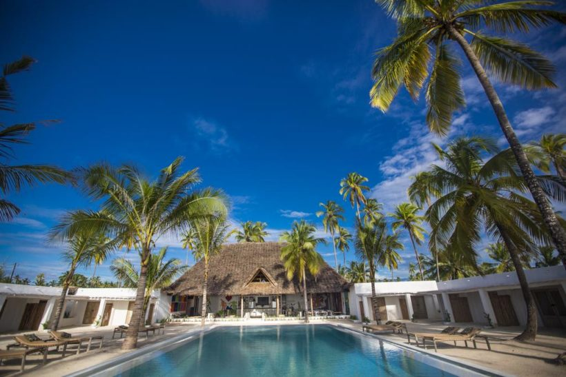 Receiving A terrific Deal In your Following Resort Reservation