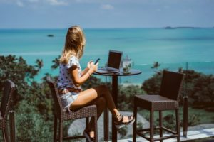 Top Travel Social Networks - Summer Vacations Get Social